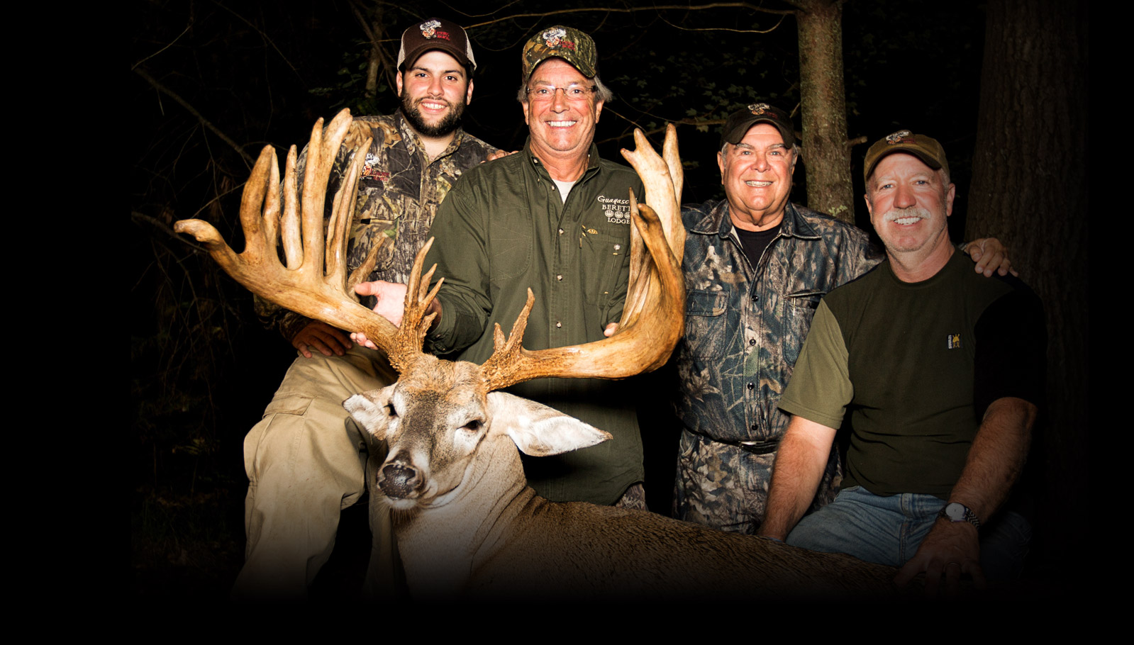 Michigan Trophy Whitetail Hunts, Large Whitetail Deer Trophy